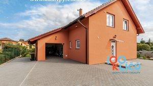Prodej rodinného domu 5+KK 216m2, pozemek 1255m2, Pyšely, okr. Benešov