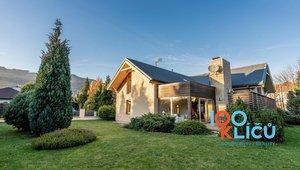 Prodej rodinného domu 340 m², pozemek 1 106 m²