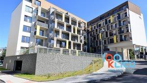 Pronájem nového bytu 2+kk o celkové vel. 60 m2 s garážovým stáním v ceně v atraktivní lokalitě Plzeňské Benátky