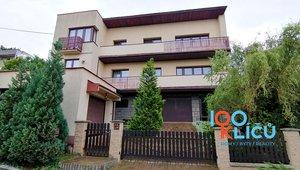 Prodej, rodinný dům, 839m2, 2 bytové jednotky, Vřesina