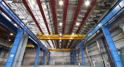 Pronájem, průmyslový areál až 15.000 m2: sklady, haly, výrobní prostory, (Praha 5)