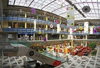 CHARLES SQUARE CENTER, Karlovo náměstí, Praha 2 - Nové Město