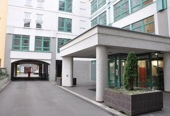 Paramount building, Na Maninách, Praha 7 - Holešovice