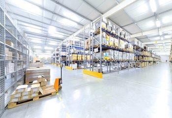 Pronájem - skladovací a výrobní prostory, Žatec