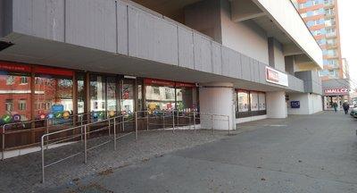 Pronájem obchodních prostor - gastro, showroom, prodejna až 850 m2