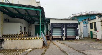 Pronájem: skladovací a výrobní prostory (potravinářská výroba, vlečka), Nelahozeves, u D8 a Prahy