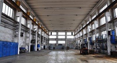 Pronájem: skladovací a výrobní prostory, až 15.500 m2, okr. Most
