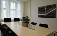 melantrich-office-meeting-room-13