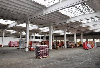 Pronájem skladovacích a výrobních prostor -  2100 m2, Otvovice (Praha-Západ)