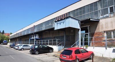 Pronájem: skladovací a výrobní prostory, Praha 10