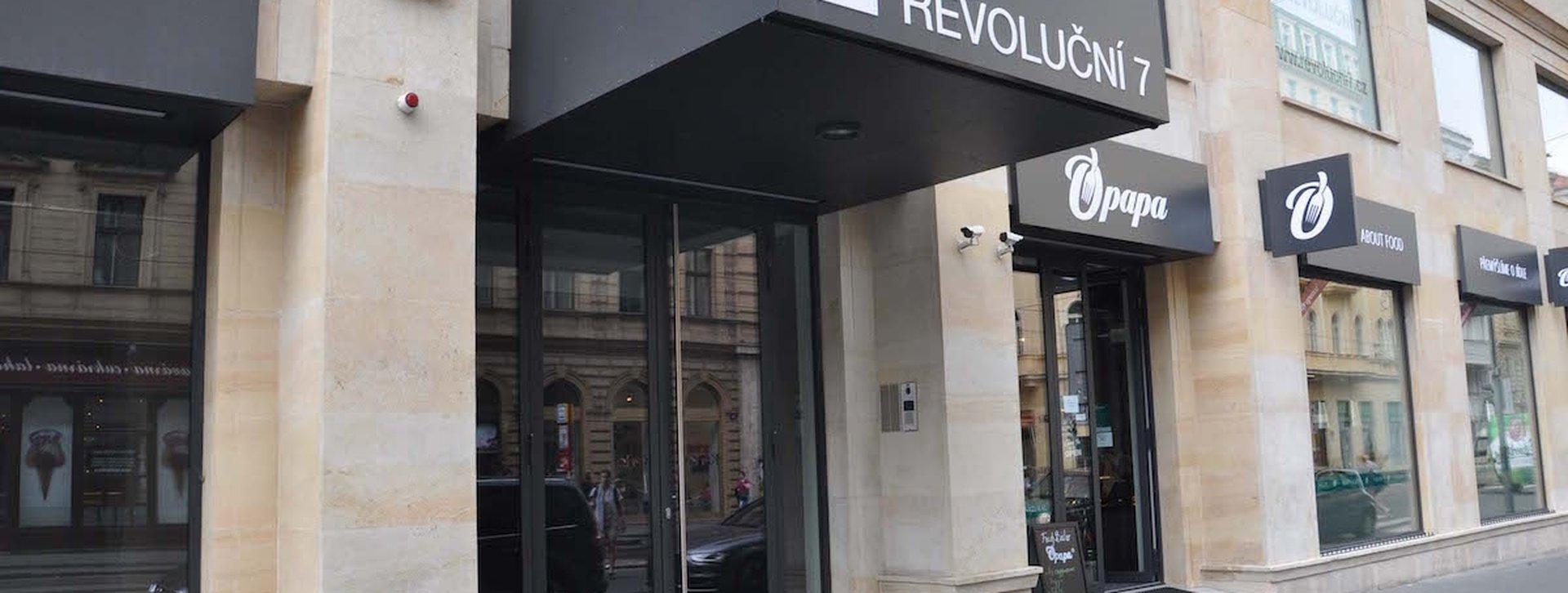 revolucni-4