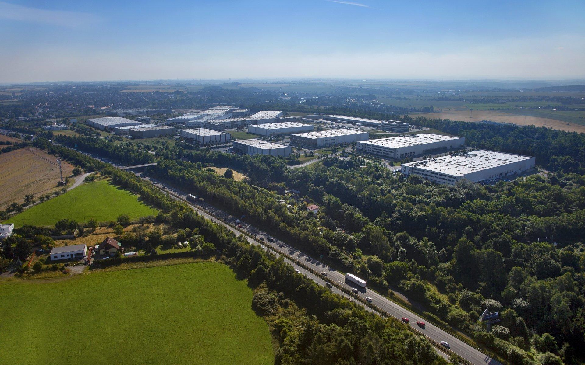 Prologis Park prague - Warehouse / production premises for rent - 53,000 m2 -Rudná (Prague West)