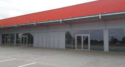 Reprezentativní obchodní prostory k pronájmu, Dobřejovice (okr. Praha východ)