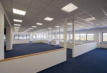 Amesbury business Park Plzeň Křimice, pronájem skladových a výrobních prostor