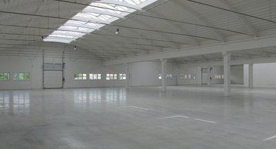 Pronájem: skladové a výrobní prostory, 1.100 - 5.500 m2, Rousínov