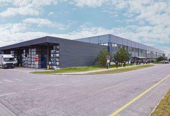 Moderní skladové / výrobní prostory, až 55.500 m2 - Břeclav (Hrušky)