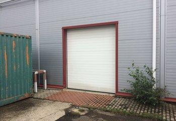 Rental of production, warehouse space, 1,800 sqm, Prague - Horní Počernice