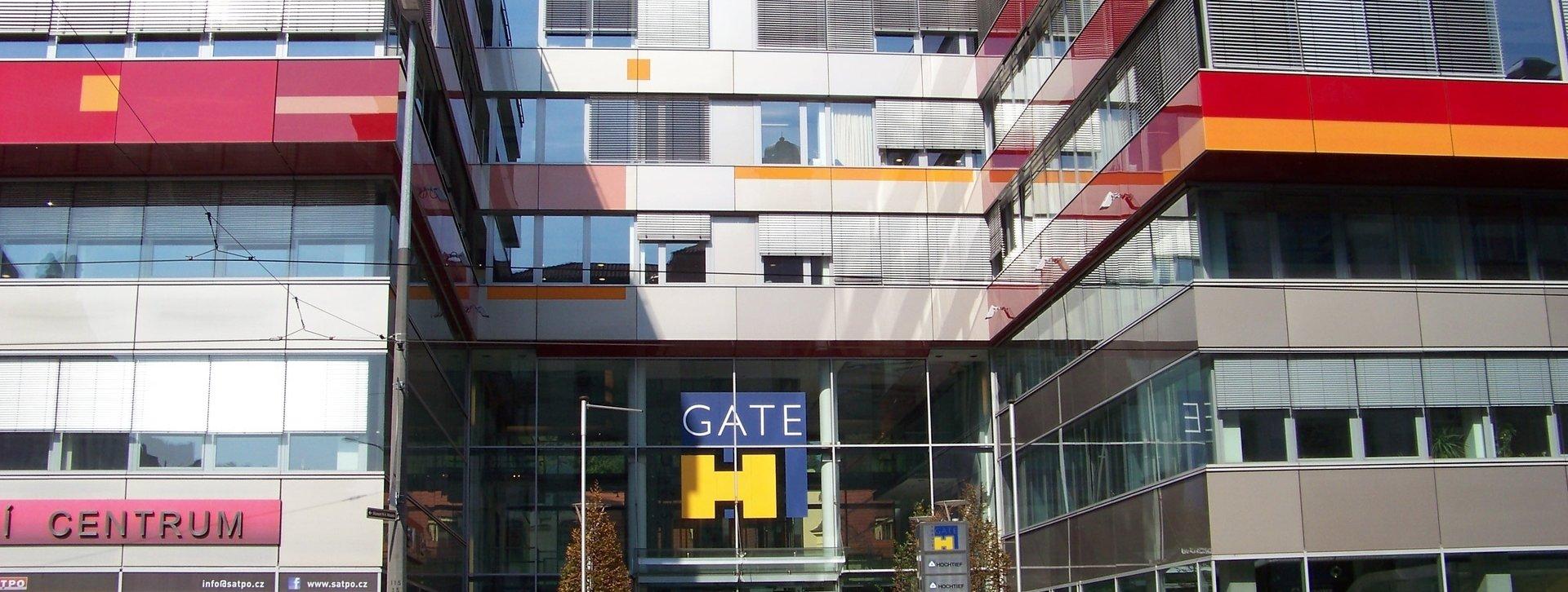 Smíchov_Gate,_vstup