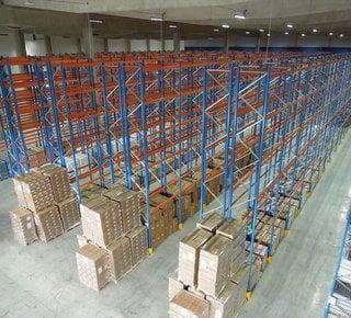 Pronájem skladu se službami - až 16.000 paletových míst, Pelhřimov