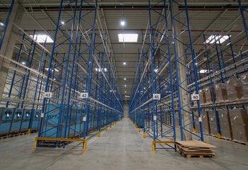 Logistické služby - skladování až 1.000 m2 plochy lokalita KOLÍN