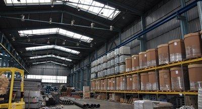 Miete: Lager inkl Logistikdienstleistungen (8-Tonnen-Kran, Transport, Handhabung)