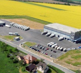 Anmietung eines Lagers mit Dienstleistungen - Palettenplätze bis zu 6000 Plätze in Opava