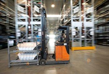 Logistikdienstleistungen, 30.000 Palettenplätze