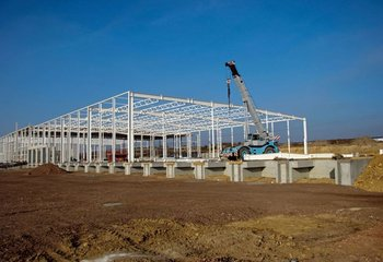 Prodej pozemku/ moderní skladové / výrobní haly 9.000m2-21.000m2, Kopřivnice