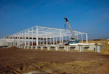Sale / lease of modern warehouse / production hall 9000m2-21000m2, Kopřivnice