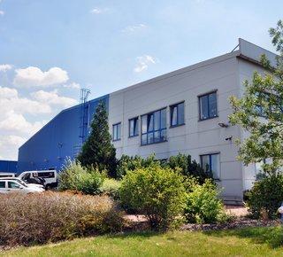 Amesbury Business Park Prague Zličín - pronájem skladových a výrobních prostor