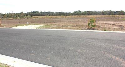 Pozemek pro výstavbu čerpací stanice, R6 Exit 7