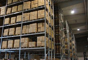 Rent warehouse services, 1000 m2, Hradec Kralove
