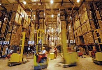 Rent warehouse services, logistics services - Olomouc