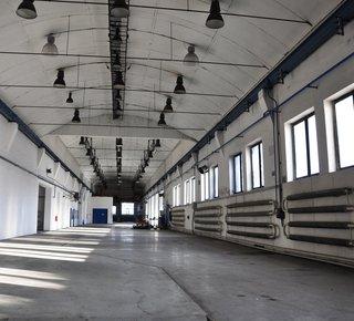 Pronájem - skladovací a výrobní prostory