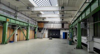 Nabízíme k pronájmu výrobní nebo skladové prostory v Praze 10 - Hostivaři.