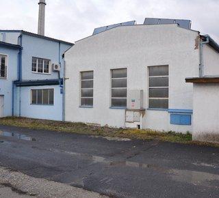 Pronájem  - sklady, haly, výrobní prostory, pozemky a zpevněné plochy - Ústí nad Labem