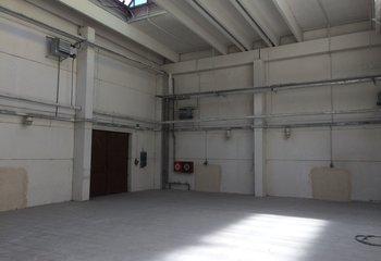 Skladové prostory Kolín 1.700 m2 a 2.200 m2