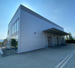 Pronájem kancelářských, obchodních a skladových prostor - 581 m2 - Ústí nad Labem - Předlice