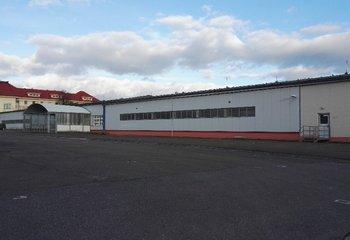 Lager zu vermieten mit Dienstleistungen bis 1500 m2 / derzeit 800 m2 - Kostelec nad Orlicí.