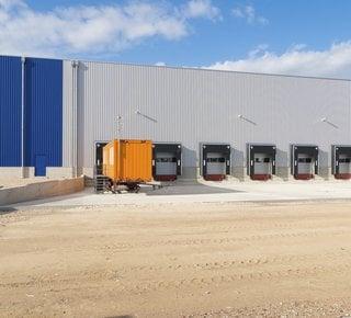 Sale / lease of modern warehouse / production hall 9.000 m2 - 21.000 m2, Kopřivnice