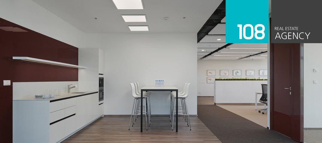 Show Suite_kitchen