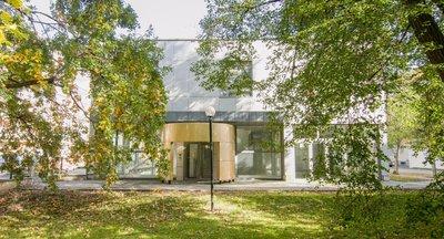Výborně situované, světlé obchodní prostory Vrchlického, Praha 5 - Smíchov - 648 m2
