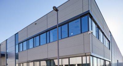 Pronájem: Moderní skladové a výrobní prostory - Ostředek