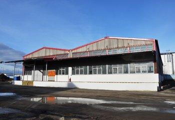 Pronájem: skladovací a výrobní prostory, Praha - Kbely