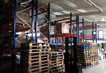 For rent: warehouse with services, 100-120 pallet units - Křoví (exit 162, D1)