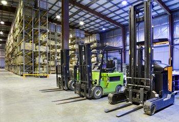 Pronájem  - sklady, haly, skladové prostory, až 3.000 m2 - Svitavy