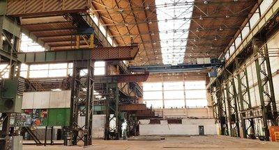 Pronájem: Skladovací a výrobní prostory, Hradec Králové, u dálnice D11