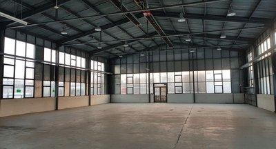 Pronájem: Skladové a výrobní prostory v Jičíně