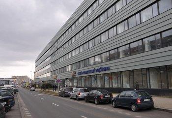 Komeční prostory k pronájmu - Pankrác 350 m2