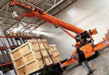 Pronájem moderního logistického skladu se službami na strategickém místě - Brno Syrovice.